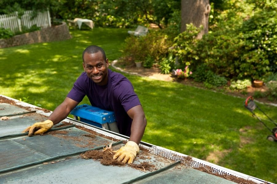 Top Tips To Keeping Your Gutters in Downriver Michigan Properly Maintained